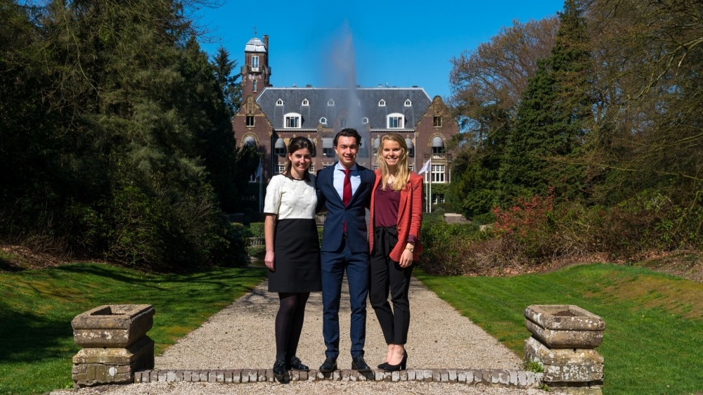 Last April, 24 students participated with Consultancy Castle. Read all about this event at the Hooge...